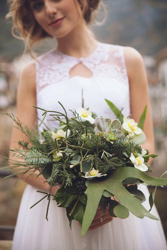 Bouquet Sposa Per Abito Avorio.Matrimonio Botanico Un Abito Da Sposa Elena Pignata Abiti Da