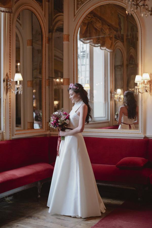 abito-sposa-elegante-torino